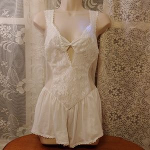 Vintage Alana Gale white nightie